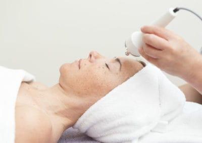 Espátula ultrasónica | Elle est Belle Platja d'Aro